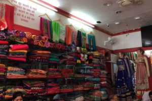mayur-collection-ghat-road-rishikesh-ho-rishikesh-saree-retailers-omru420