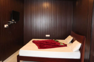 moti-mahal-hotel-and-restaurant-rishikesh-hotels-fkcptkwg2x