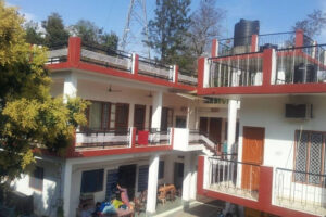 mount-valley-mama-cottage-and-restaurant-rishikesh-ho-rishikesh-cottages-on-hire-7ivambo
