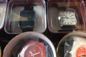 sharma-watch-and-mobile-laxman-jhula-road-rishikesh-wrist-watch-dealers-zcggzk6