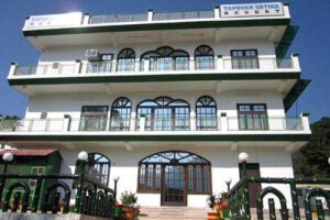 tapovan-vatika-resort-tapoban-tehri-garhwal-hotels-rs-1001-to-rs-2000-2z7fpwq