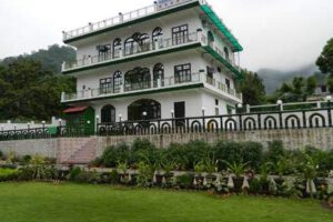 tapovan-vatika-resort-tapoban-tehri-garhwal-hotels-rs-1001-to-rs-2000-3s7ol3g