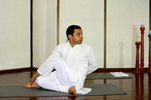 yoga-and-meditation-rishikesh-uttranchal-rishikesh-yoga-classes-6gydspq