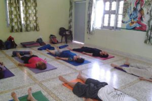 yoga-and-meditation-rishikesh-uttranchal-rishikesh-yoga-classes-7brcx87