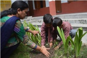 Lakshman-Jhula-Water-School-Tree-Plantation-1