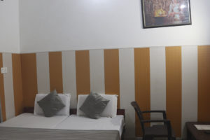 1569409671Backpackers Room (3)